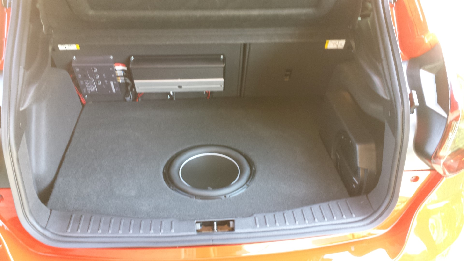 How To Build A Sub Box >> Subwoofer specs and box specs