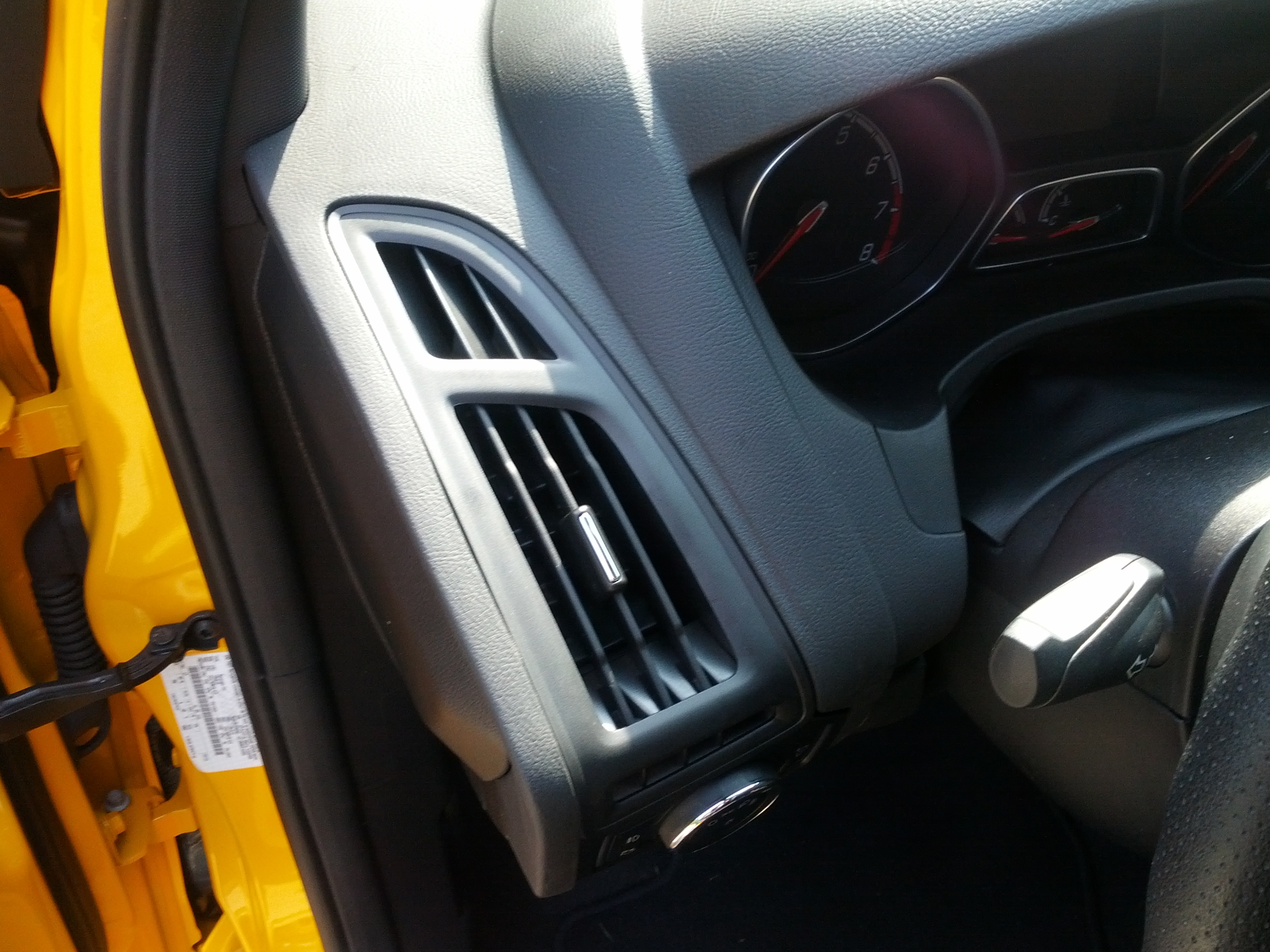 Air Conditioning Vents >> Chrome trim on the air vents