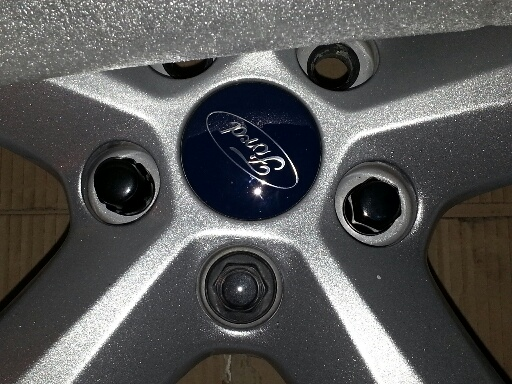 Question on lug nuts with OEM wheels.