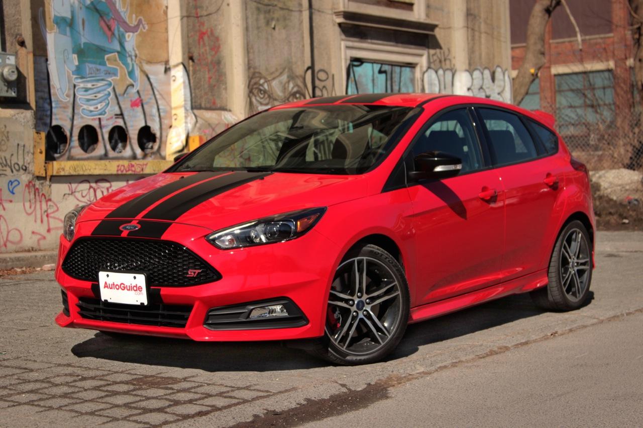 Name:  2015-Ford-Focus-ST-1.jpg Views: 4898 Size:  303.5 KB