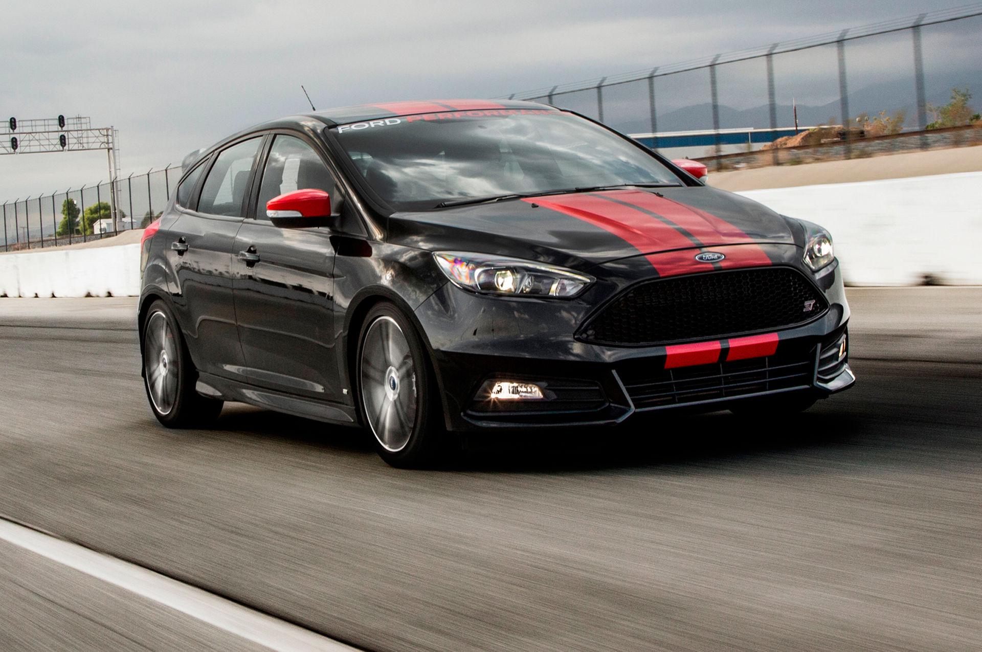 Name:  2015-Ford-Focus-ST.jpg Views: 35050 Size:  367.6 KB