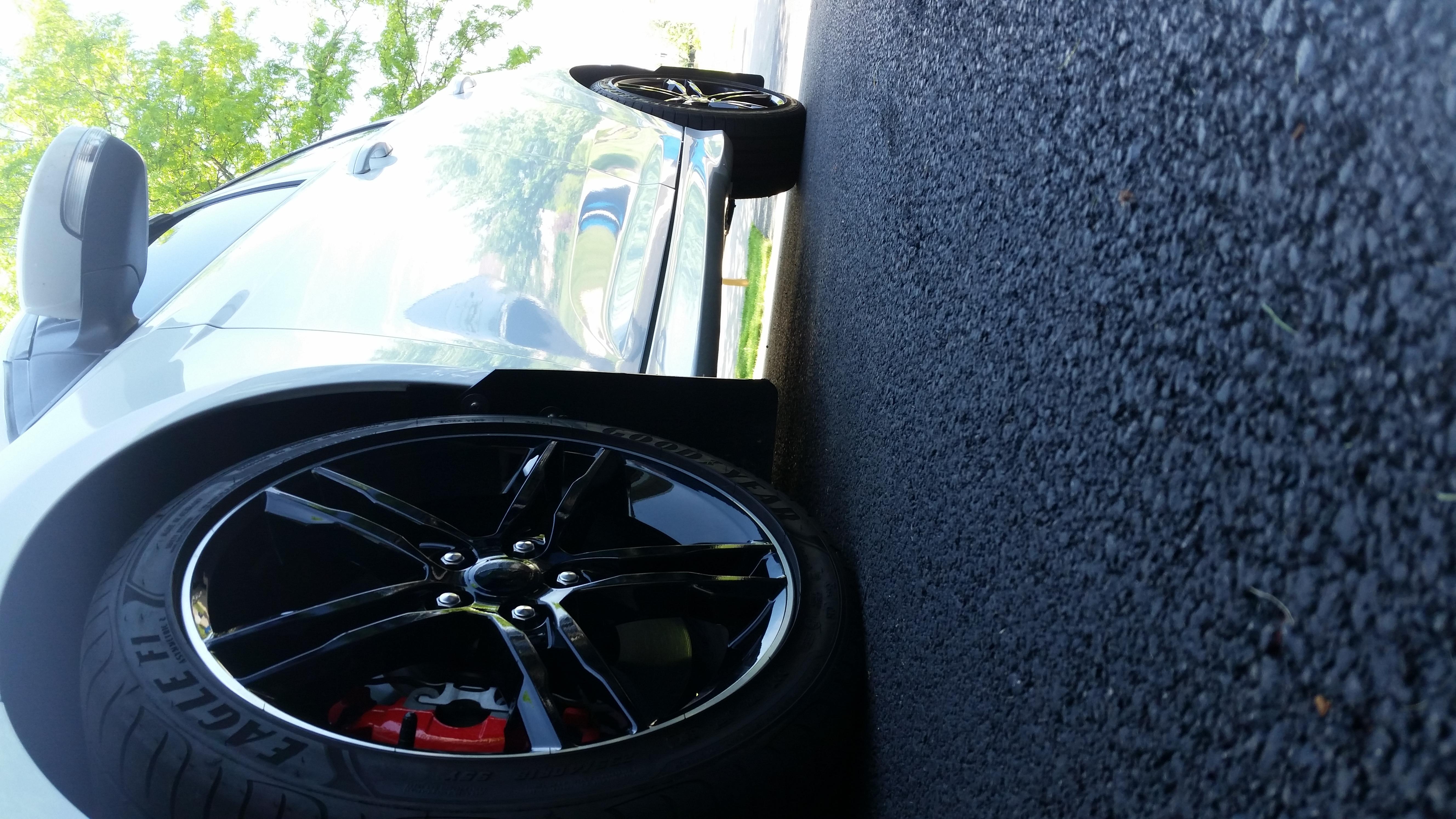 Factory Premium Wheels - Gloss Black Vinyl Wrap