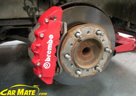 What Brakes Are On This St They Say Brembo But Look Half