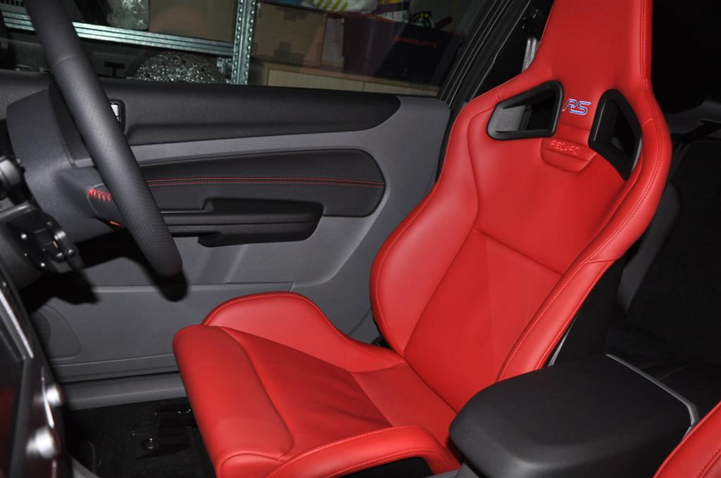 Ford Focus RS MK2 MK3 Recaro Sportster CS Tailored Fitted Black Car Seat Covers