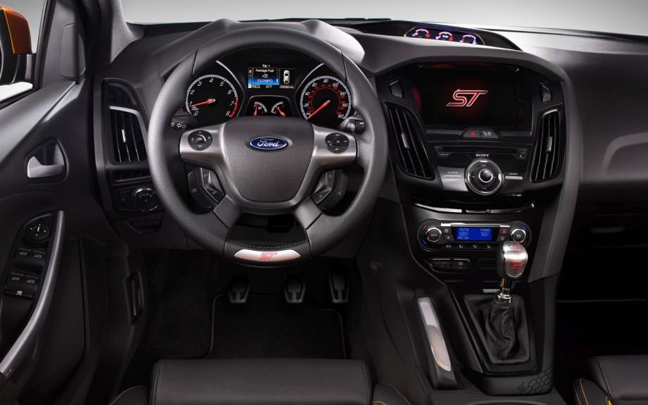2013 ford focus st cockpit - Ford Focus St Interior