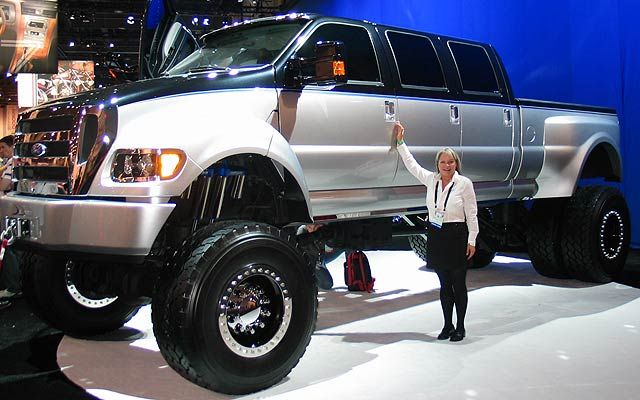 Ford F850 Lifted Lifte