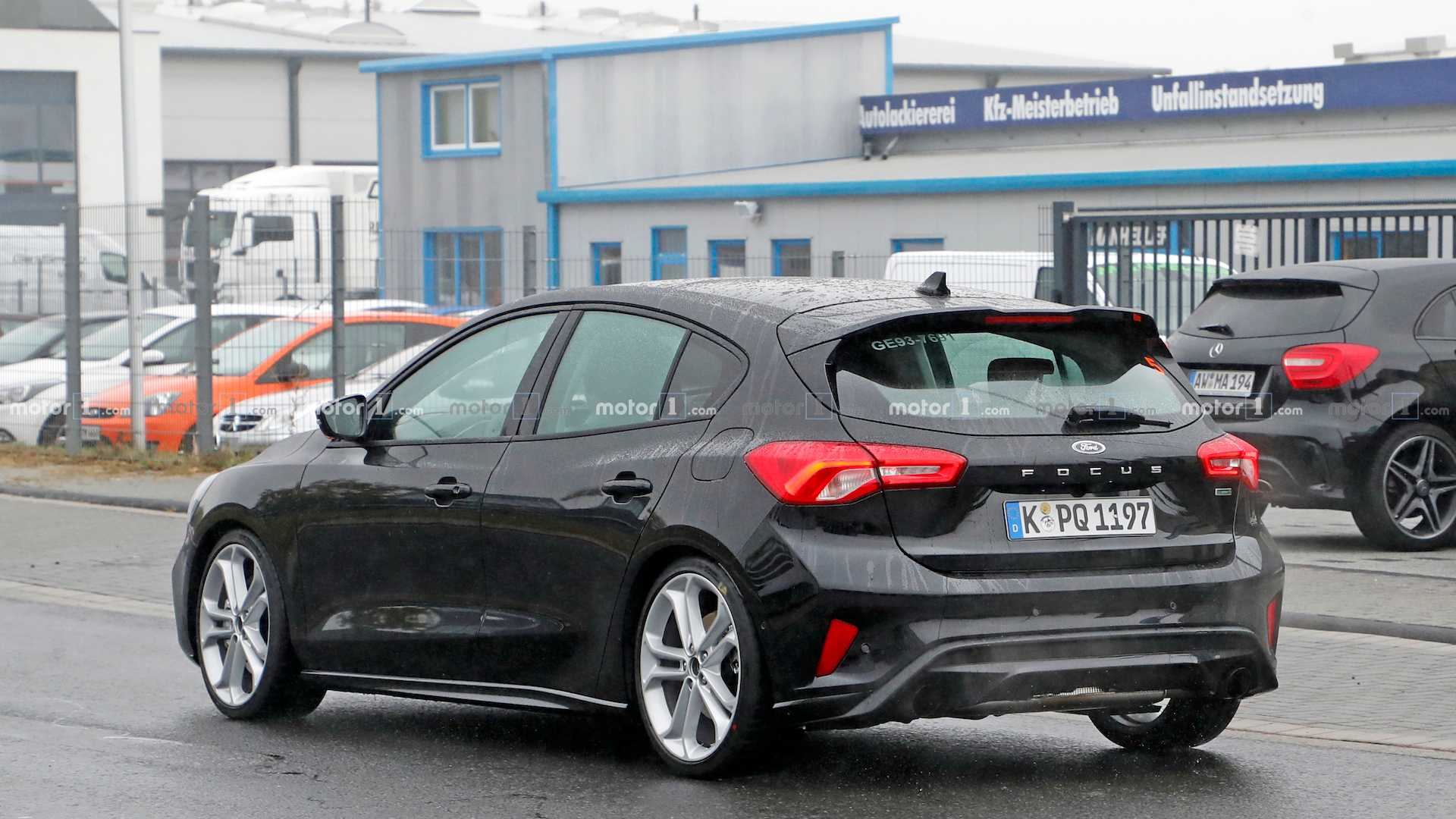 Name:  ford-focus-st-spied.jpg Views: 8570 Size:  168.1 KB