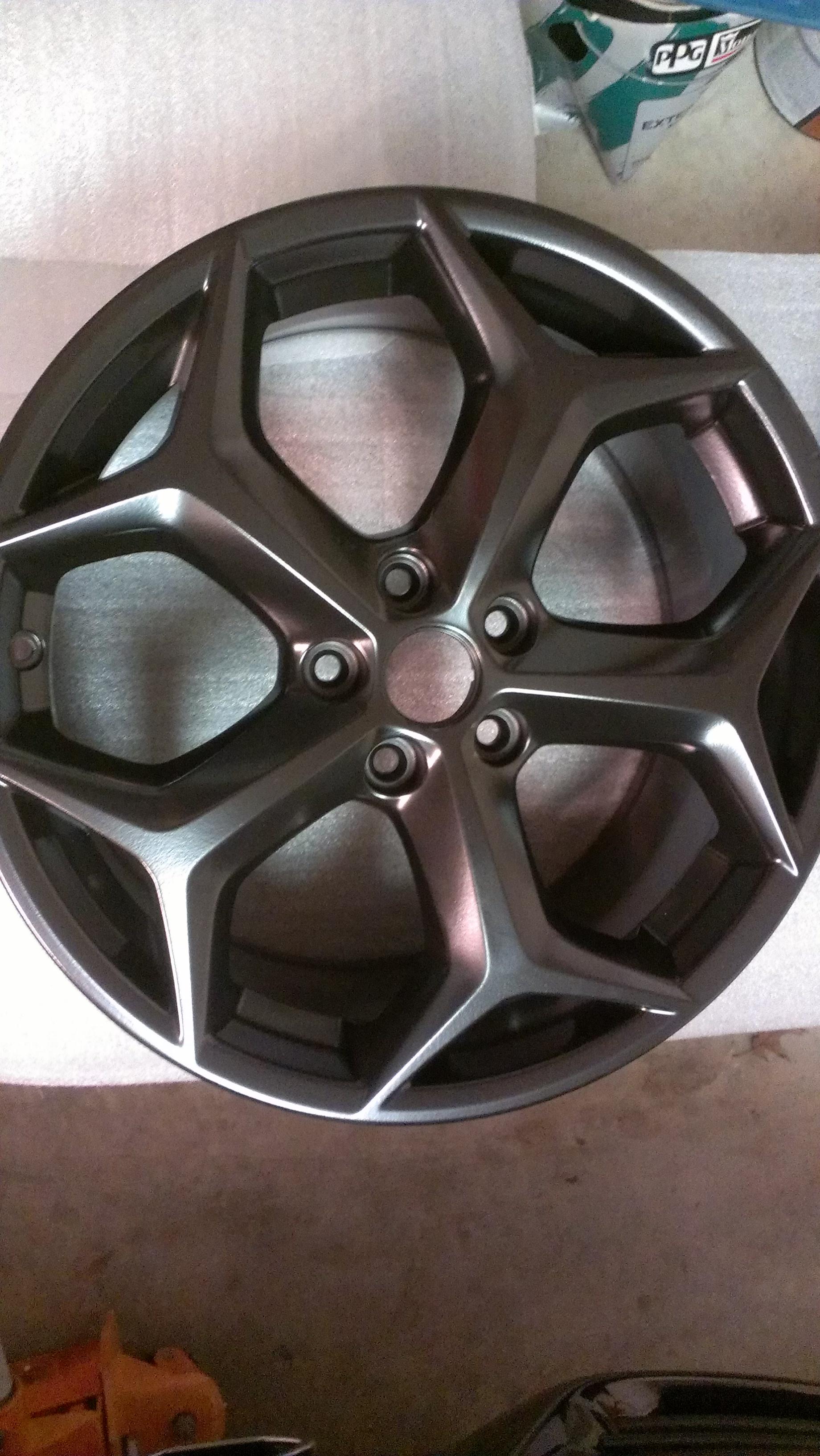 Focus St Forum >> Gloss black plasti dip wheels