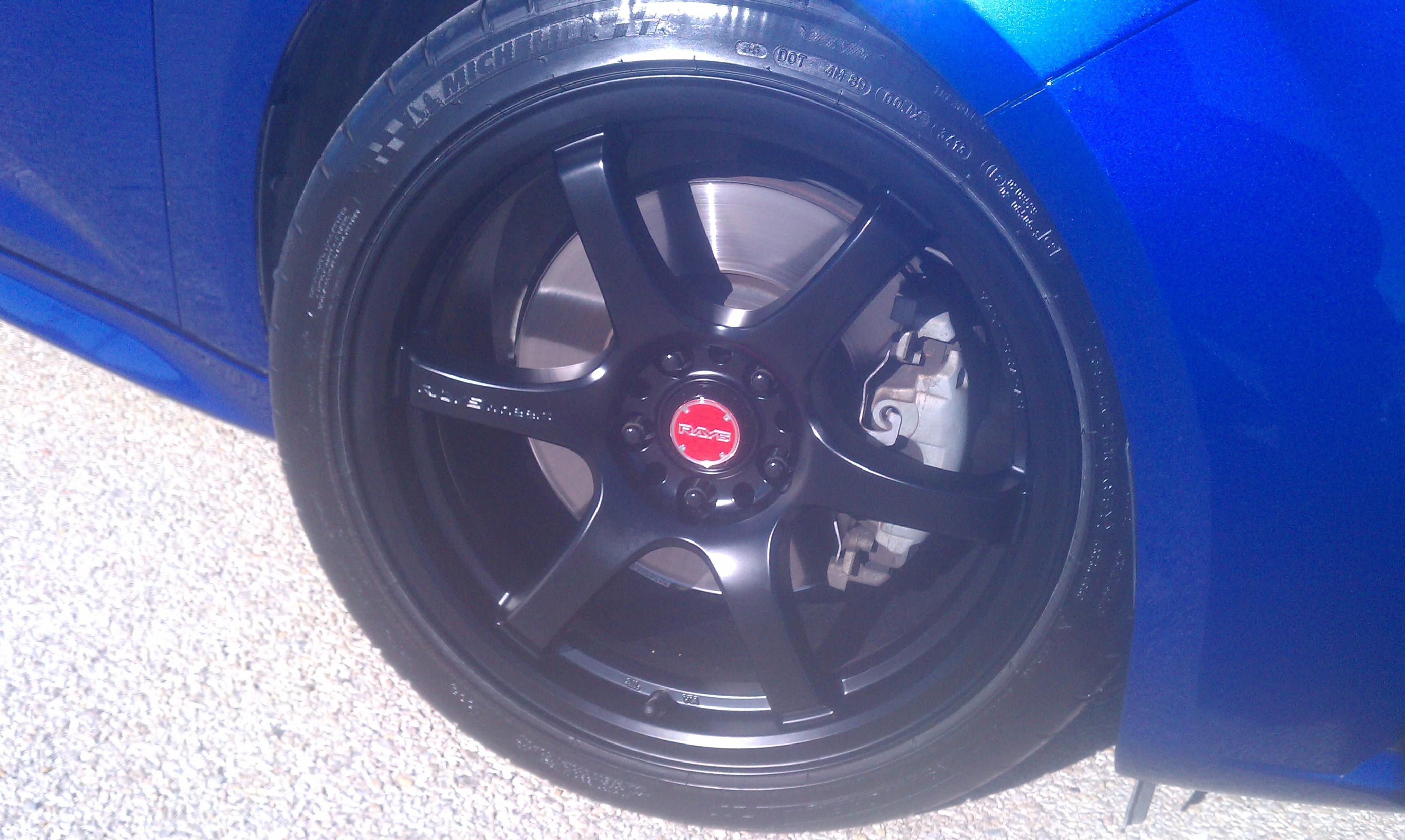 Focus St Tune >> Gram LIght 57DR's in Semi Gloss Black(w/ Red centercaps)...
