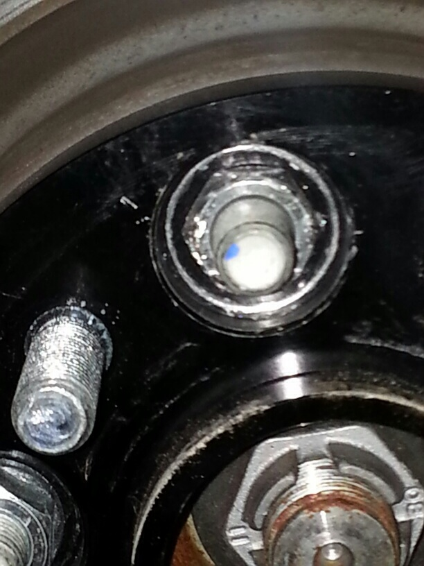 Focus St Wheels >> Help! How can I remove a stripped wheel nut on a spacer.