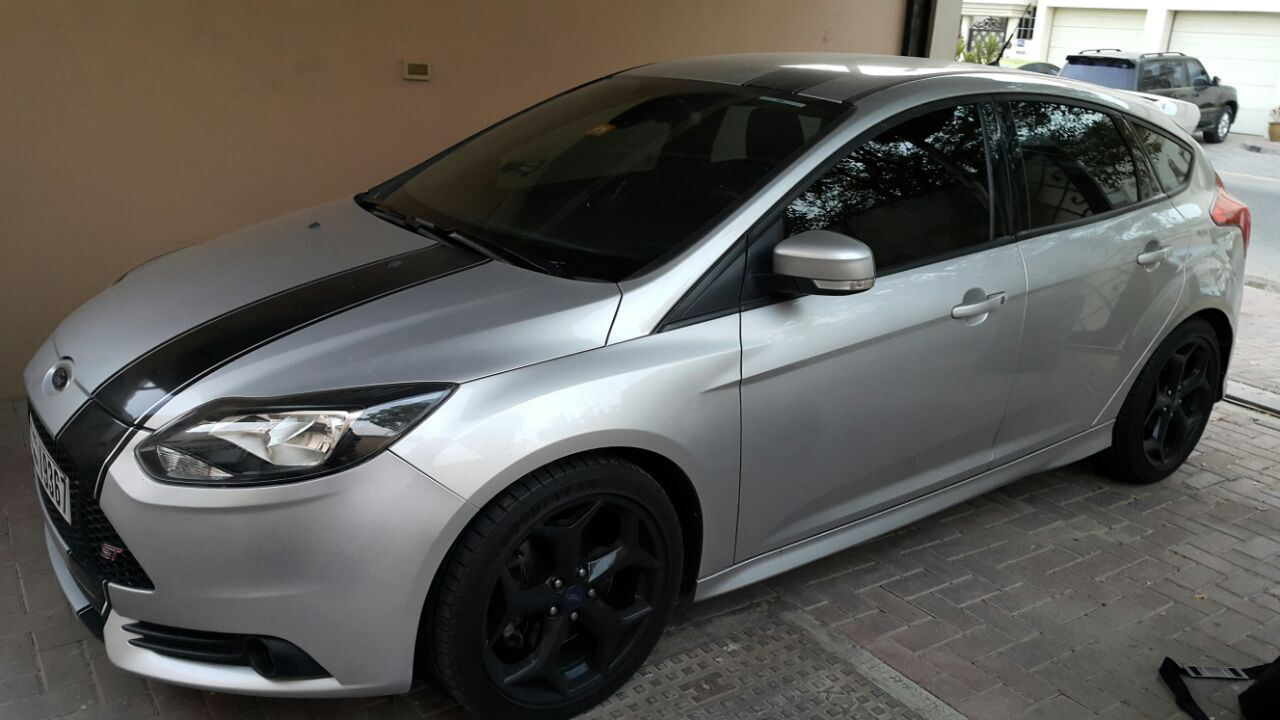2013 ford focus st for sale done 25000 kms
