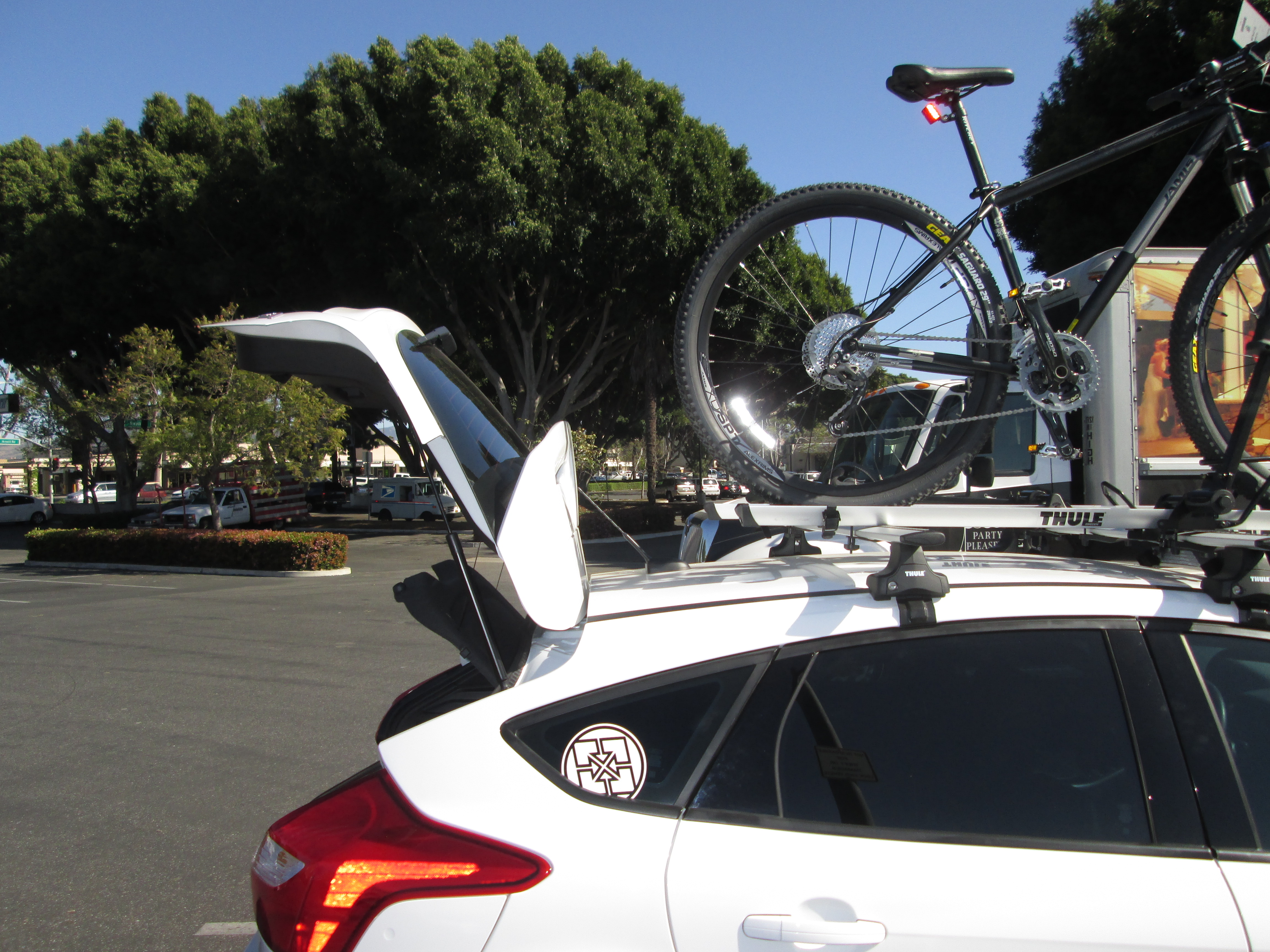 Yakima Q Tower Roof Rack Dubious Setup