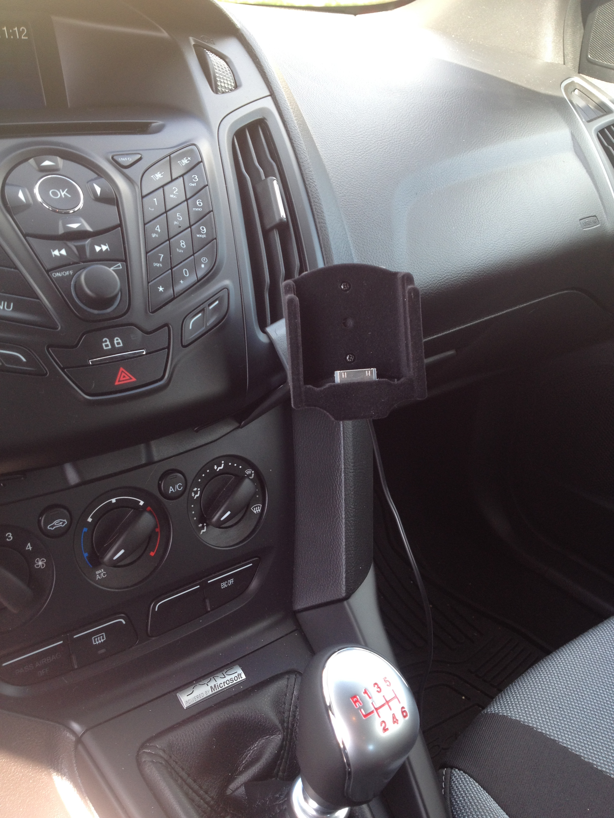 How To Conceal Usb Cable From Phone Dock To Center Console