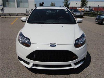 Name:  new-2013-ford-focus-5drhbst-6035-9209593-2-400.jpg Views: 31745 Size:  25.3 KB