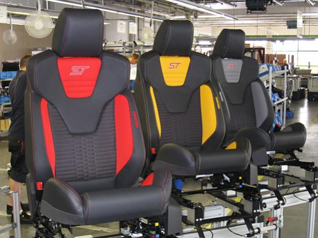 31d1344634402-pics-st-recaro-seats-rec_fordfocus_st.jpg