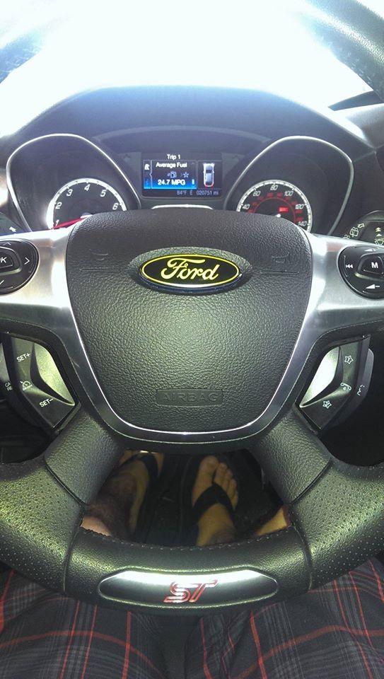 Name:  steering wheel.jpg Views: 2716 Size:  90.8 KB