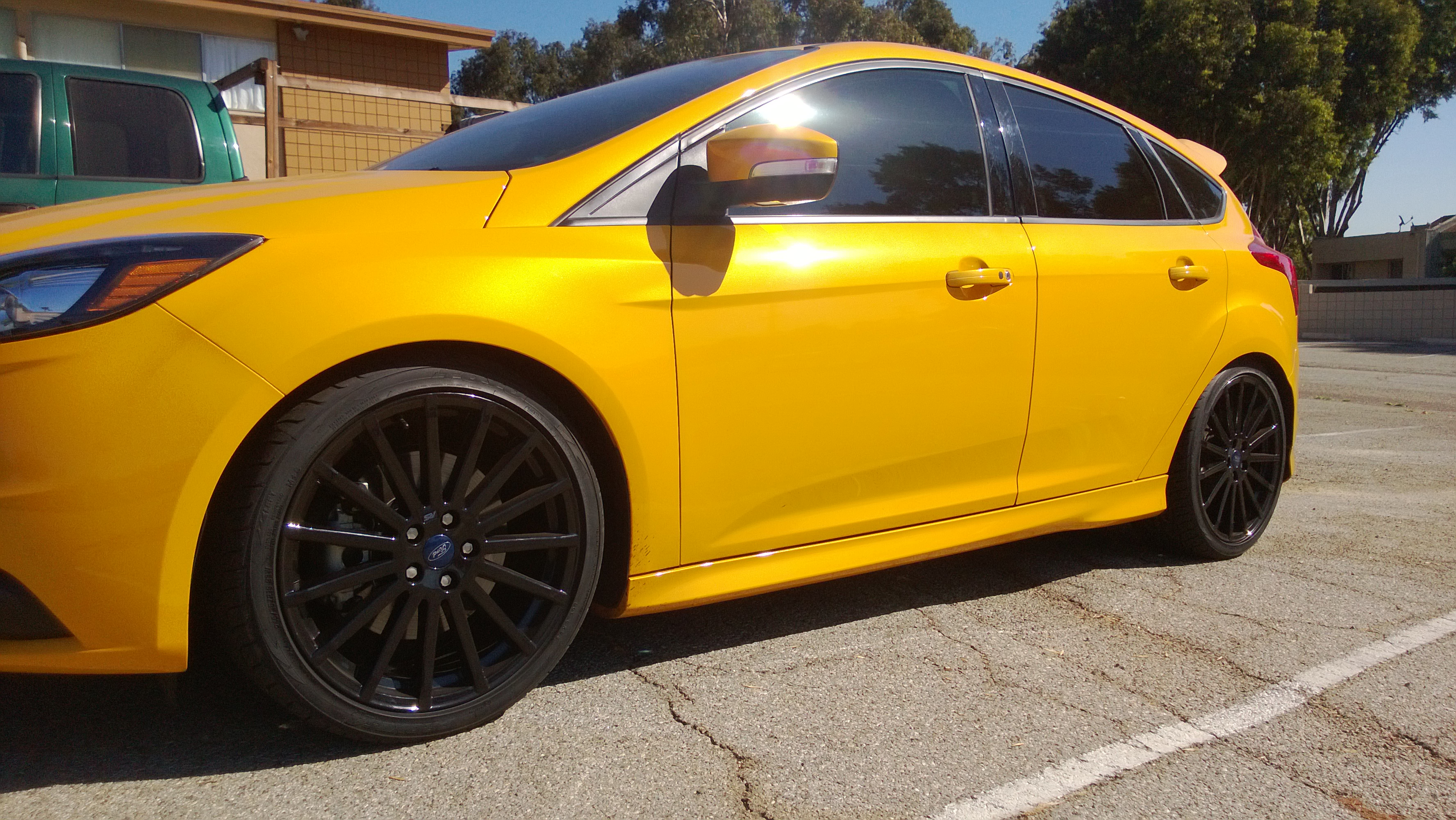 Ford Racing Focus Rs Wheels Mounted