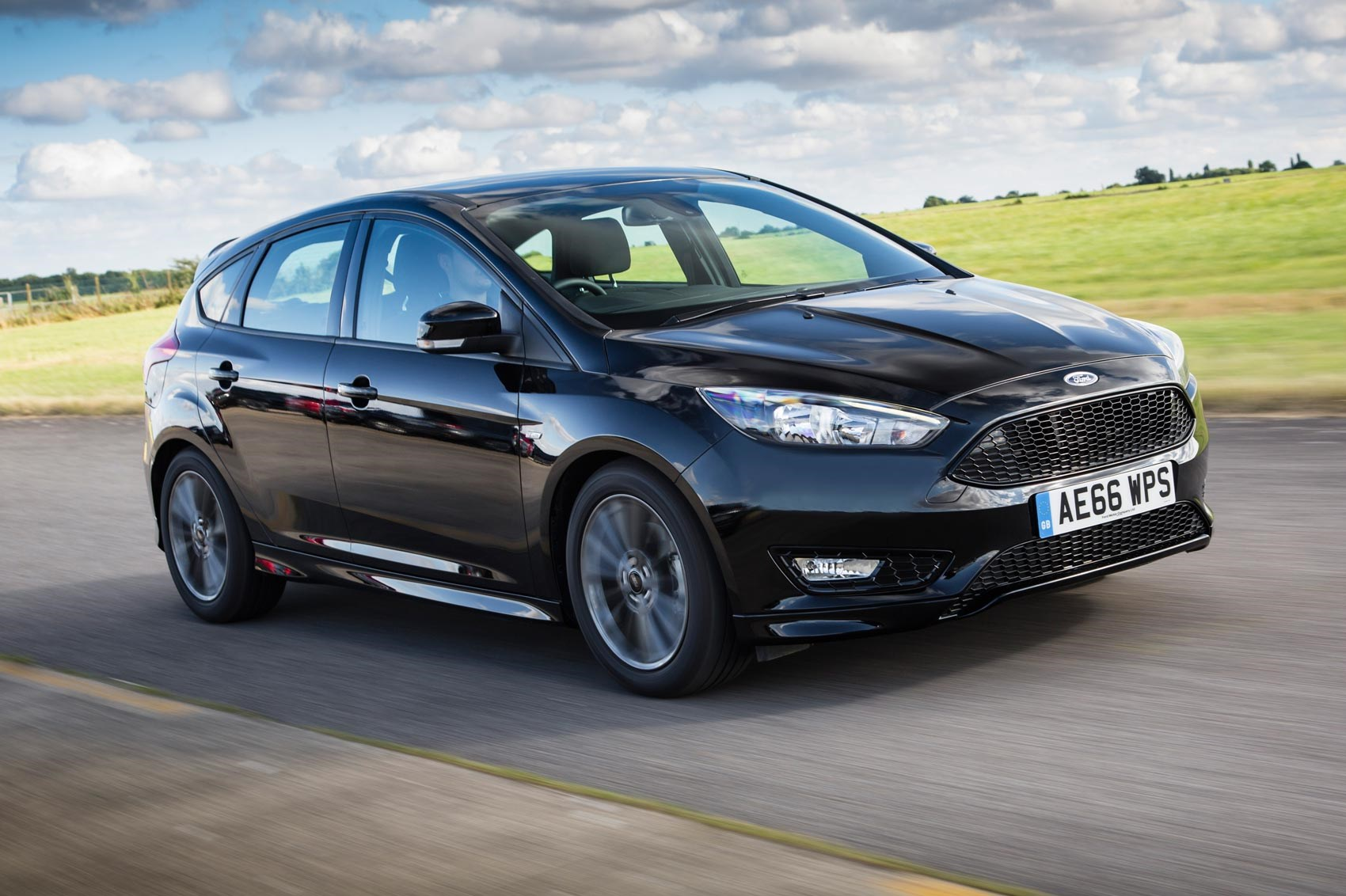 ford focus st line 1 5t ecoboost 150 2016 review. Black Bedroom Furniture Sets. Home Design Ideas