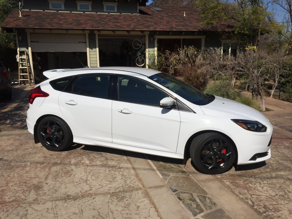 Showcase cover image for captaingeoff's 2014 FORD Focus ST