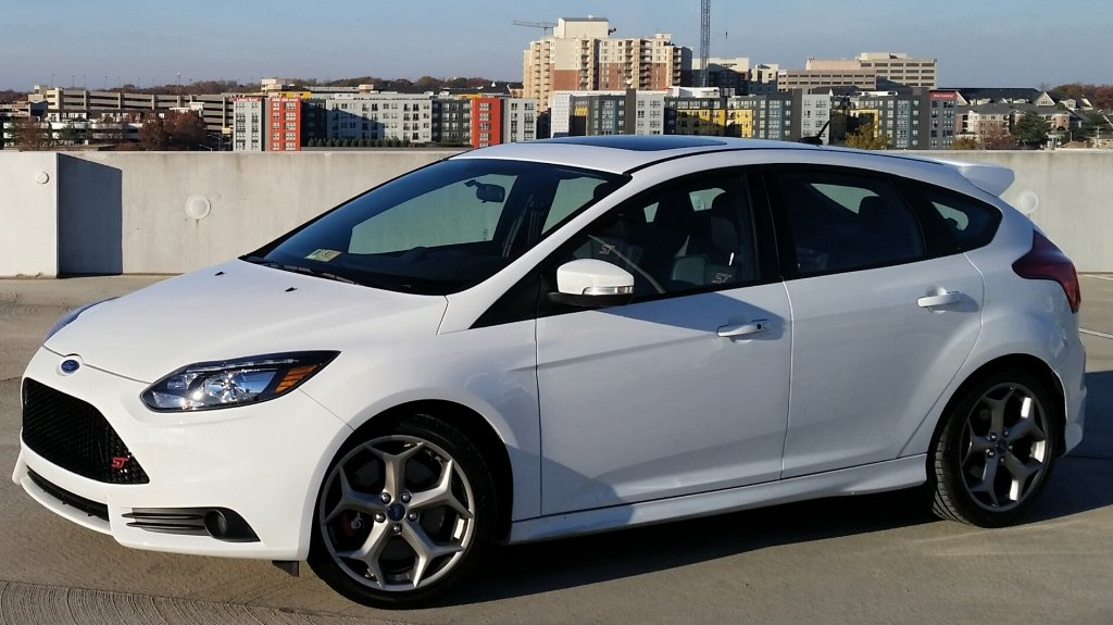 Showcase cover image for mn3yp1t's 2014 FORD Focus ST