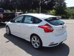new-2013-ford-focus-5drhbst-6035-9209593-7-400.jpg